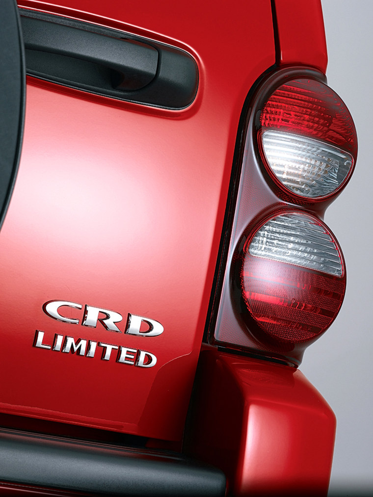 Themain distinguishing exterior feature on the diesel Liberty is this CRD plate, which stands for Common Rail Diesel.