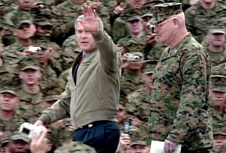 Bush arrives to cheers at Camp Pendleton, the home base of thousands of Marines who are fighting in Iraq.