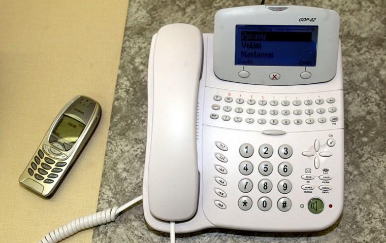 CELL PHONES JABLONEC