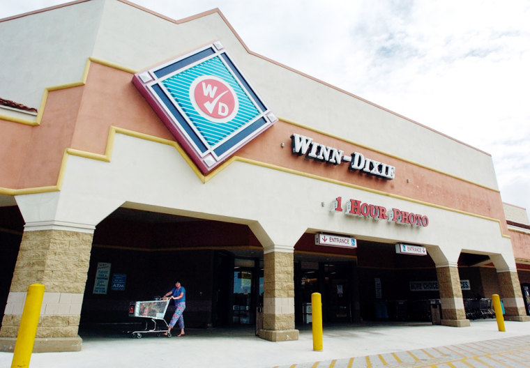 Despite filing for bankruptcy, the company said 920 Winn-Dixie stores in eight southeastern states and the Bahamas remain open.