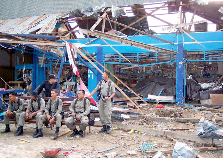 INDONESIA TENTENA BOMB BLAST