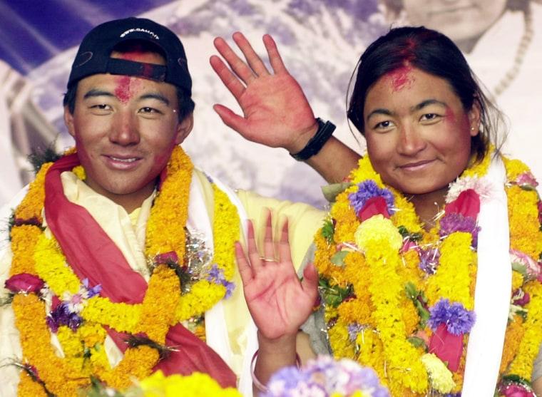 Everest summitters Pemba Dorje Sherpa (L