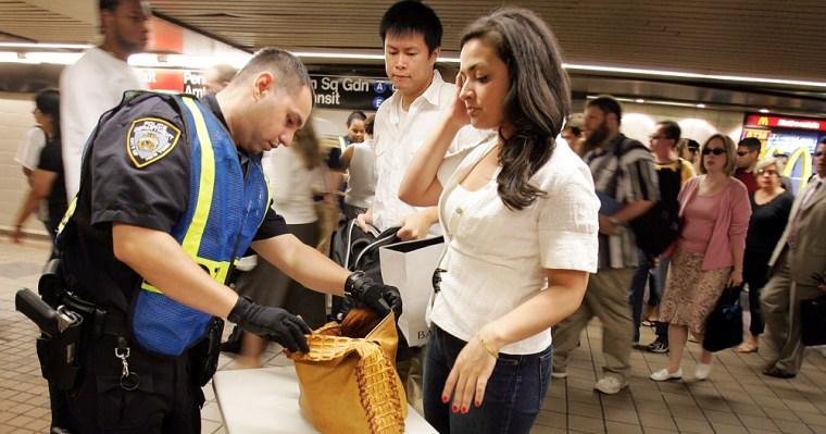 New York Begins Random Bag Searches on Subway
