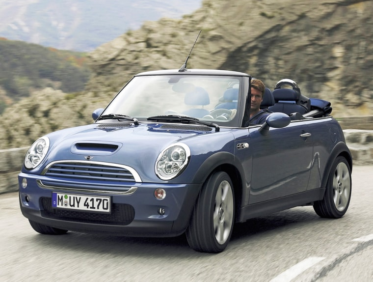BMW's ownership of Mini buoys the residual value of Cooper, ForbesAutos.com reports.