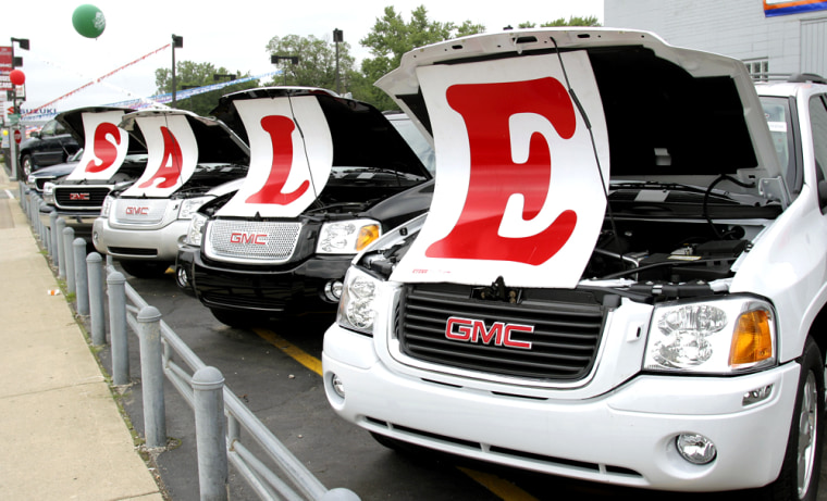 Big Three Automakers Launch Employee Discount Programs For Consumers