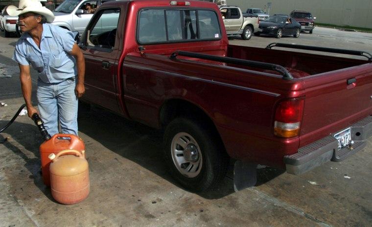 Hurricane Rita Slams Into Texas Gulf Coast