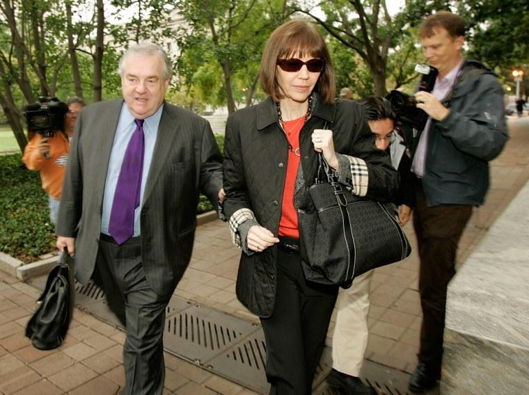 Judith Miller Appears Before Grand Jury In CIA Leak Case