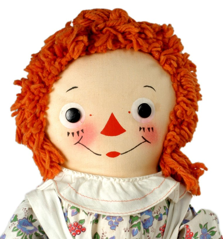 Forbes.com ranks Raggedy Ann Dolls as the most popular toy of the 1910s.