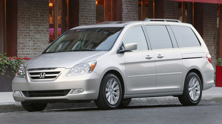 """The 2005-06 Honda Odyssey received a """"marginal"""" rating —the second-lowest — in a new crash test designed to see how well the vehicle protect occupants."""