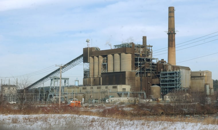 Coal burning power plants like this onein Bow, N.H., emit mercury, whichthen entersthe food supply via water sources.