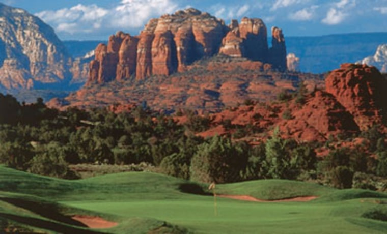 No other Sedona golf course provides a better combination of jaw-dropping splendor and exceptional challenge than the acclaimed Sedona Golf Resort.
