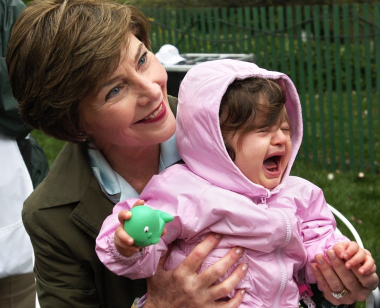 US First Lady Laura Bush poses with 14-m
