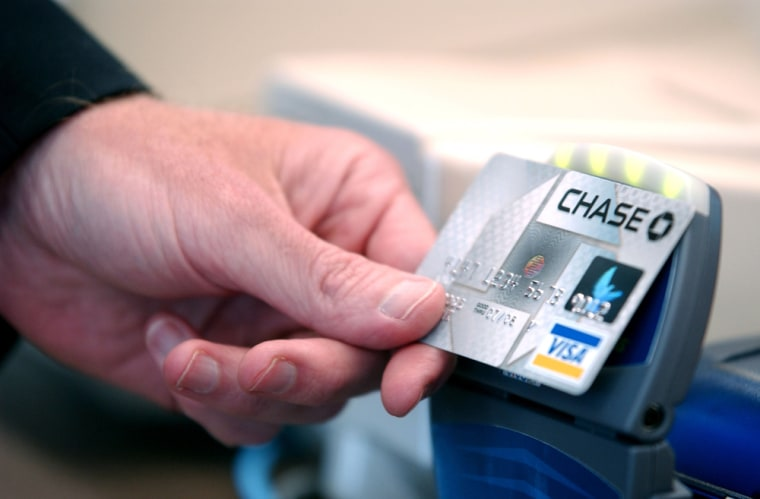 """Chase Introduces Bank Cards With \""""Blink\"""" Technology"""