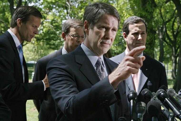 Senate Republicans Propose Gasoline Bill