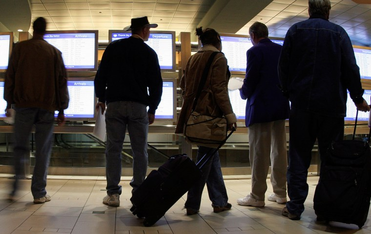 Holiday Travelers Brave Thanksgiving Exodus
