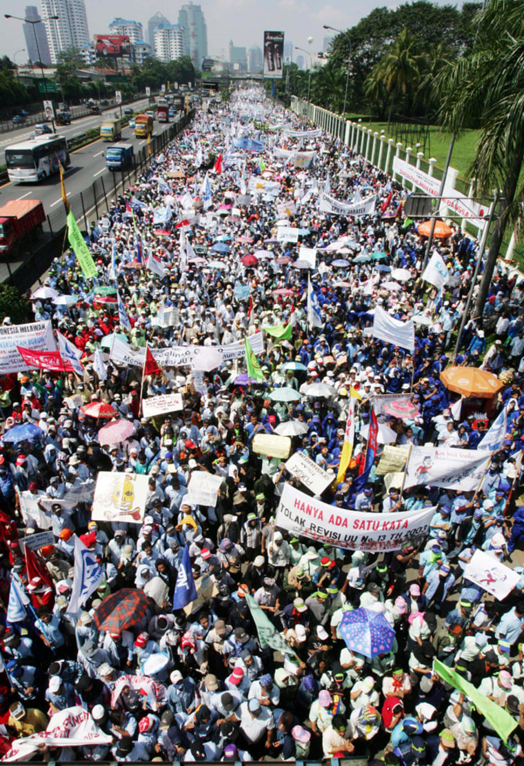 WORKERS RALLY