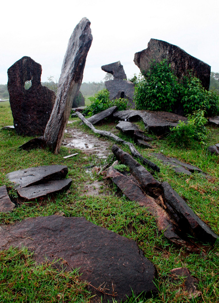 A grouping of 127 granite blocks along a grassy Amazon hilltop may be the vestiges ofan ancientastronomical observatory, according to archaeologists.