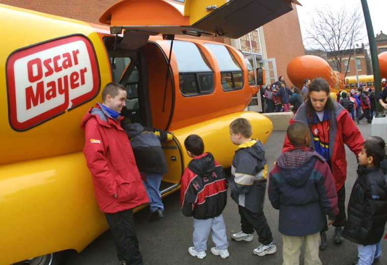Oscar Mayer Wieners Vist Chicago school