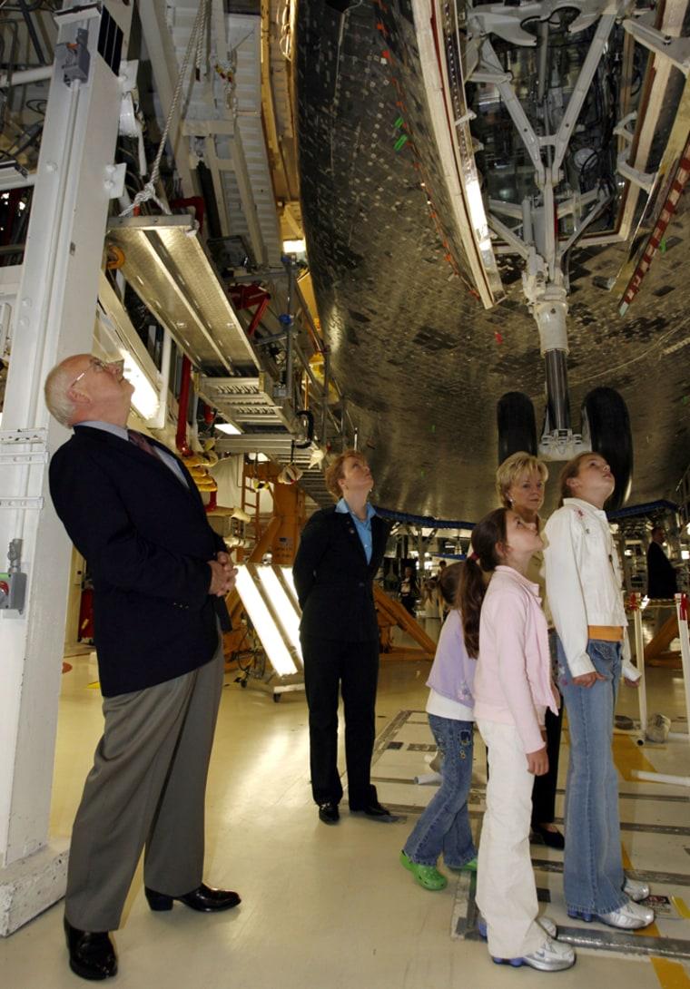Dick Cheney, Lynne Cheney, Kate, Elizabeth, Grace Perrt