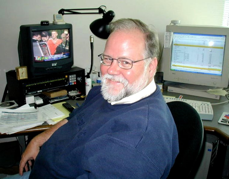 Dick Cullomwedded a love of technology with a journalism career