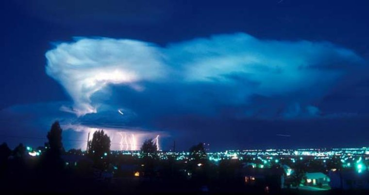 A new system being tested by the National Center for Atmospheric Research (NCAR) could provide better forecasts of severe storms like this one north of Boulder, Colorado.