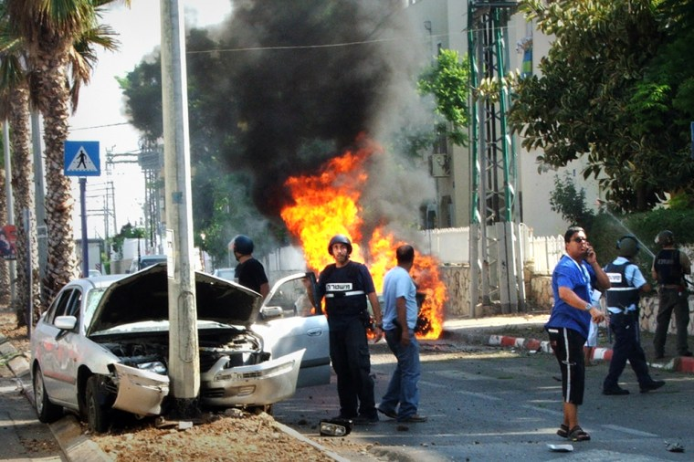 A rocket fired by Hezbollah guerrillas hit the northern Israeli town of Akkoon Thursday.