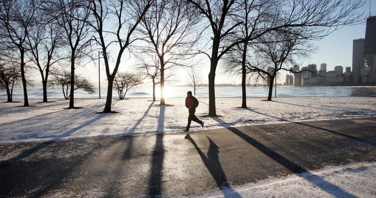 Unusual Arctic Cold Grips Chicago Area