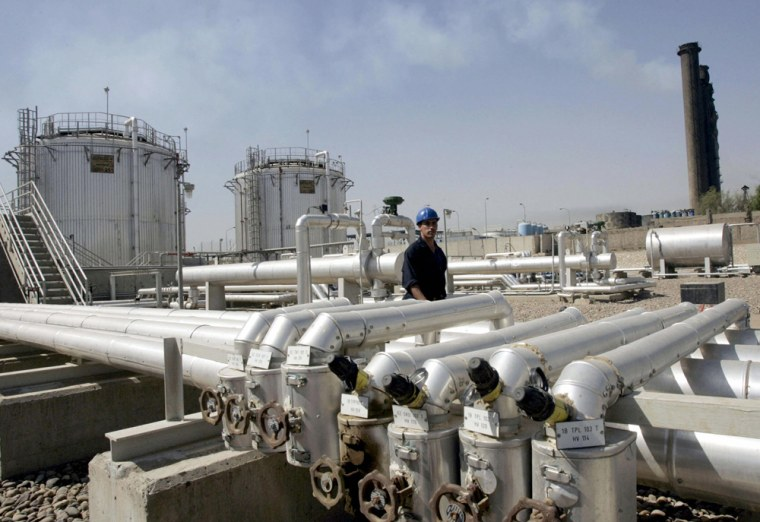 An Iraqi electrical engineer performs hi