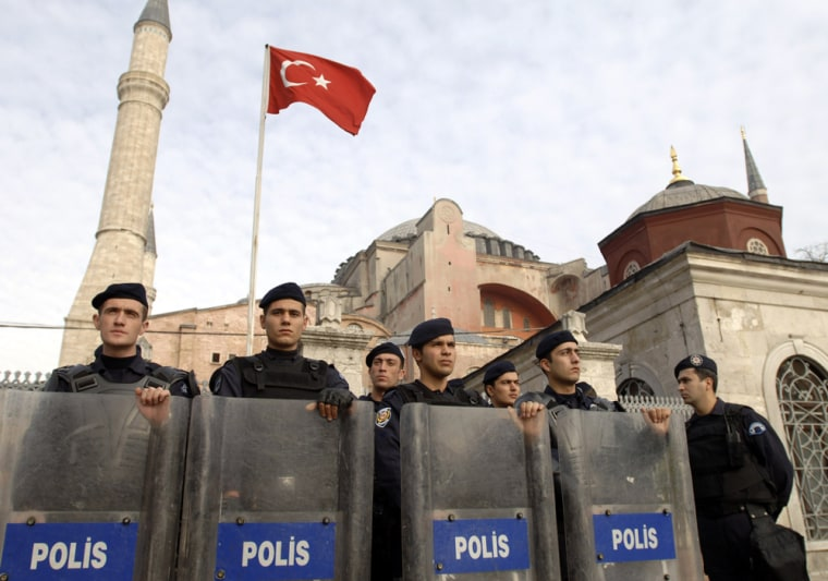 Papal Visit Protested In Turkey