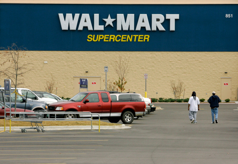 Wal-mart Stores Inc., the world's largest retailer, said U.S. same-store sales fell 0.1 percent in November, the worst performance in more than 10 years.