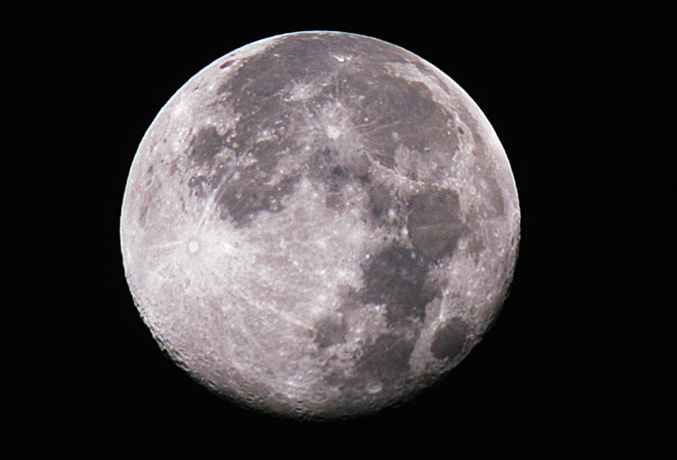 The moon is pictured in this image 06 De