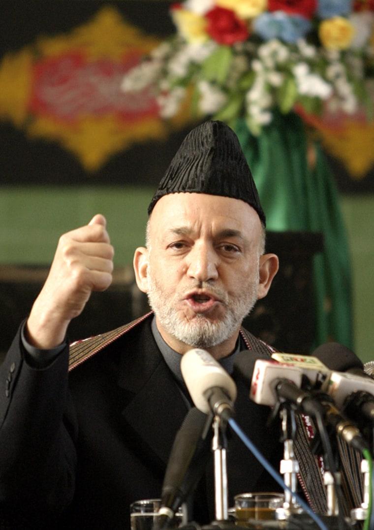 Afghan President Hamid Karzai addersses