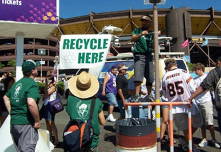 The Sierra Club set up recycling stations at the 2005 Pro Bowl in Honolulu.