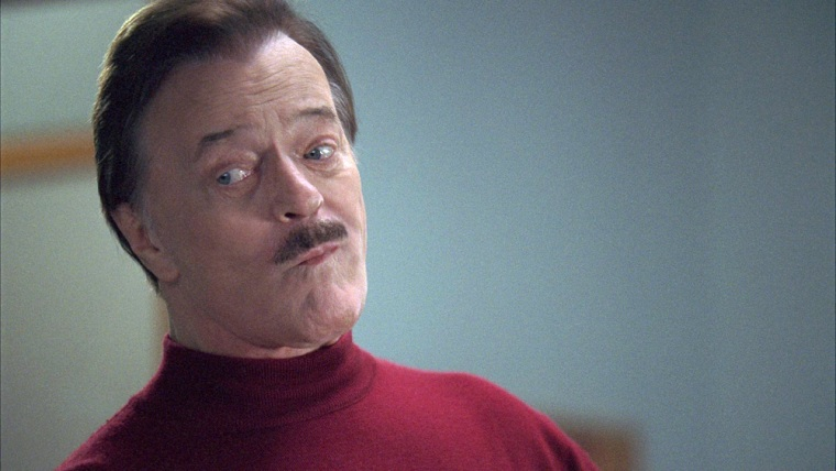 Robert Goulet starred in the EmeraldNuts commercial. It was perfect casting (but maybe next year, Kevin Federline can use the gig.)