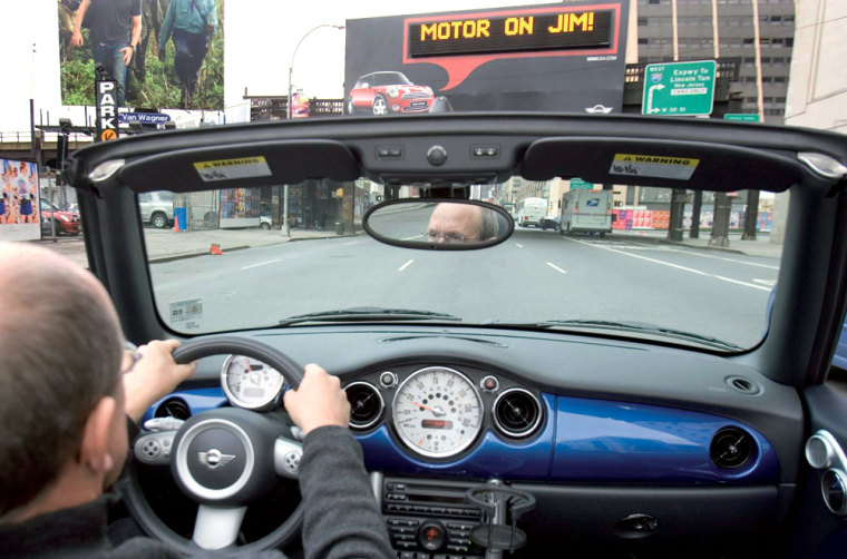 Thanks to an inventive pilot marketing program, some Mini owners will be greeted by name when they drive by electronic billboards located in New York, Chicago, San Francisco and Miami.