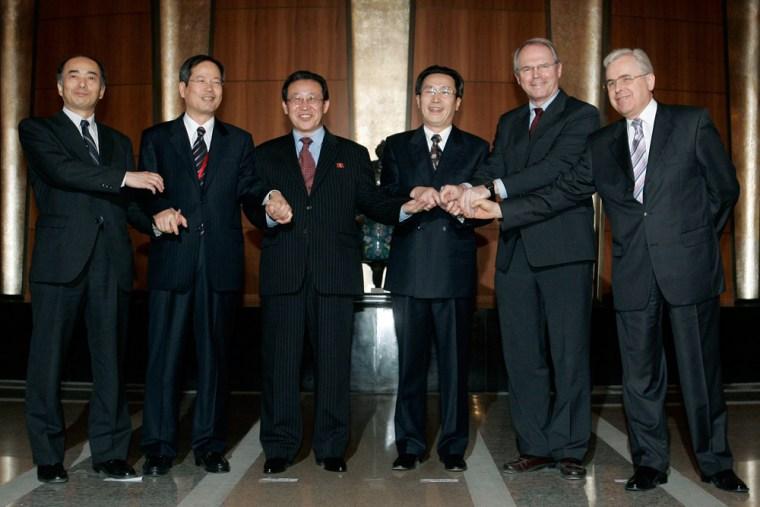 Kenichiro Sasae, Chun Yung-woo, Kim Kye Gwan, Wu Dawei,Christopher Hill, Alexander Losyukov