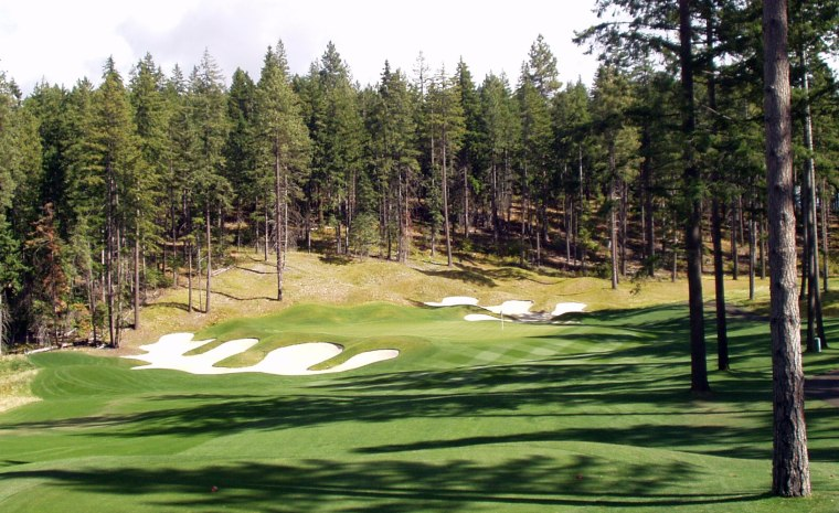 The country-club quality of Suncadia's fairways and greens makes it a round well worthwhile, even if you have to fork over $100 or more for peak tee times.
