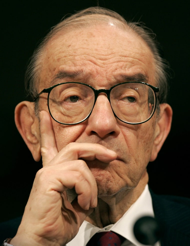 Former Federal Reserve chairman Alan Greenspan said that there are signs the current economic cycle is coming to an end.