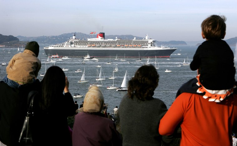 Queen Mary 2 Arrives In San Francisco