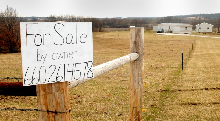 ManyMennonites, including the owner of this property, want to move because Missouri's drivers license law doesn't allow for religious exemptions involving photos.