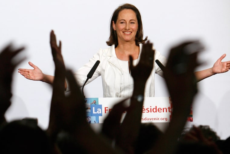 Segolene Royal, 's Socialist Party presidential candidate, speaks Sunday to supporters in Melle after the announcement of results in first-round vote for the French presidency.