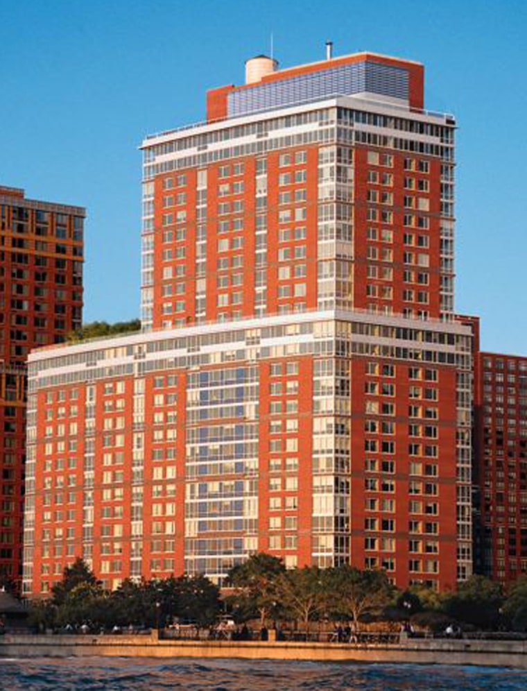 Manhattan's Solaire apartment complex, built in 2003, includes solar panels that provide 5 percent of its electricity needs.