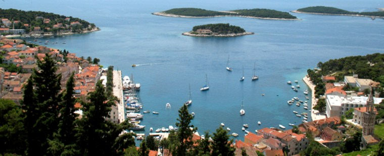 This May 2007 photo shows a view of the Croatian  town of Hvar. Located east of Italy across the Adriatic Sea, Croatia expects over 200,000 American visitors this year _ nearly double the number that arrived in 2005. It also tied for the No. 2 hot destination this year in a survey by the U.S. Tour Operators. (AP Photo/Sheila Norman-Culp)
