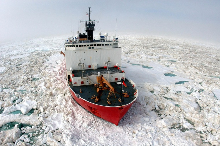 Arctic sea ice surrounds theU.S. Coast Guard Cutter Healy during aresearch voyage off Alaska in July 2006.
