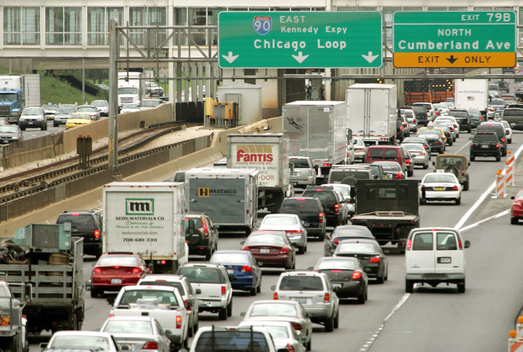 Over 30 Million Americans Expected To Travel Over Labor Day Week
