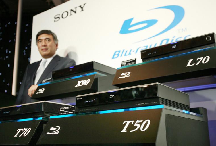Sony executive vice president Katsumi Ihara poses byhis company's new Blu-ray disk recorders at a Tokyo hotel, September 12, 2007.