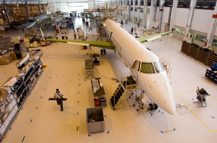 Embraer's employees work on several  Legacy 600 executive jets at the company's factory in Sao Jose dos Campos, Brazil, Wednesday, June 27, 2007. (AP Photo/Victor R. Caivano)