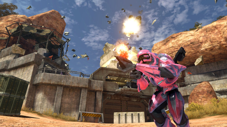 Fans lined up at retailers on Tuesday to buy 'Halo 3,' the final chapter in Microsoft's wildly popular first-person shooter series. The company said Wednesday that the game racked up $170 million in first-day sales.