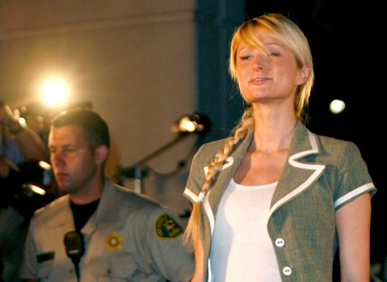 Paris Hilton leaves the Los Angeles County Correctional Facility in Lynwood, California