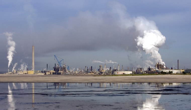 The Syncrude extraction facility in the